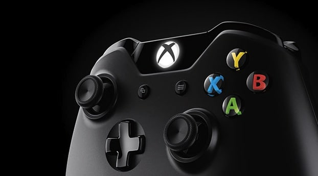 Xbox One or Playstation 4 Controllers